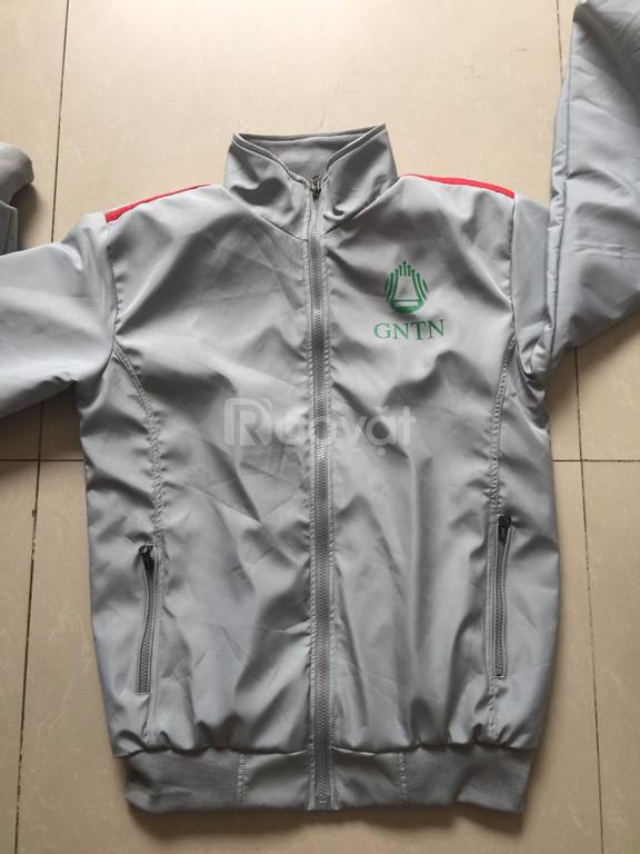 May áo khoác mùa hè đồng phục tại xưởng may Thiên Nam