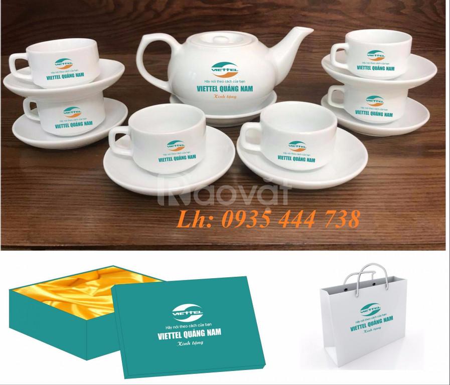 Bộ ấm chén in logo tại Đà Nẵng, in bộ bình ly quà tặng Đại Hội