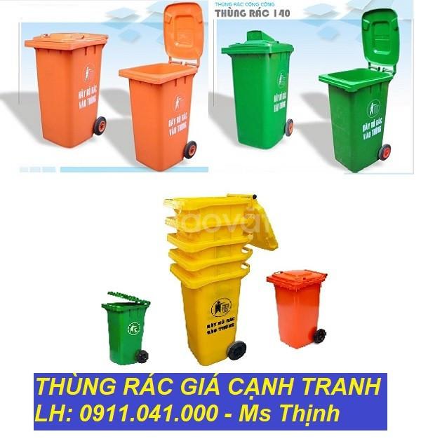 Địa chỉ phân phối thùng rác nhựa nắp kín