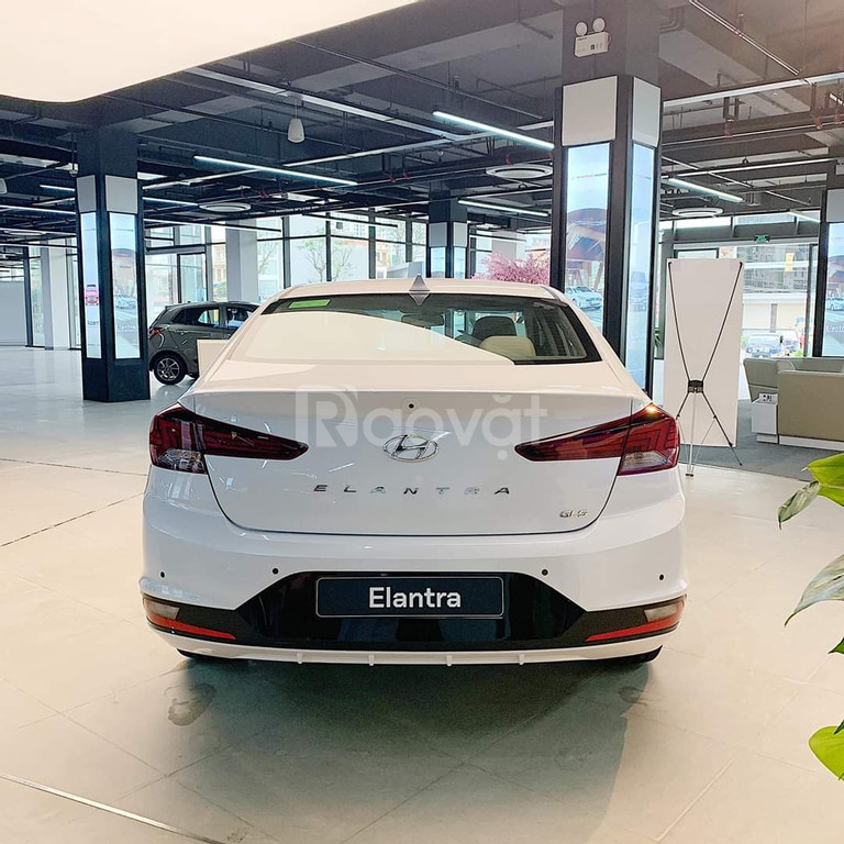 Khuyến mại lớn khi mua Hyundai Elantra đến 20.09.2020