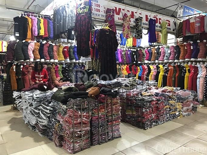 Kiot chợ Xuyên Á, Hóc Môn, DT 3x5,5m, bán tự do