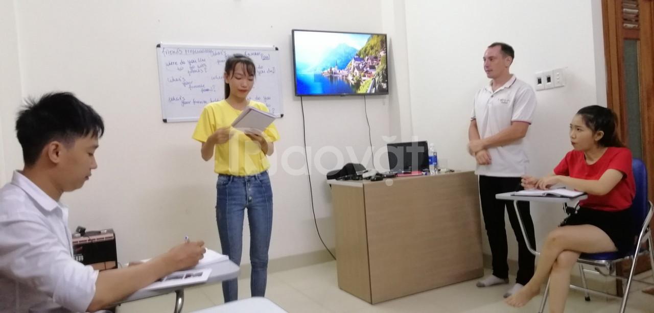Học tiếng Anh giao tiếp tại Đà Nẵng