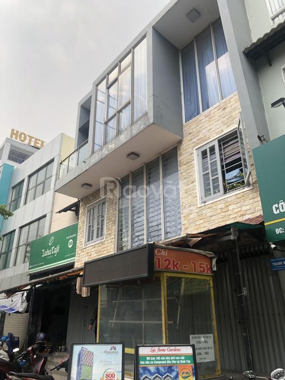 Bán gấp nhà mặt tiền Phạm Văn Đồng Phường 11 Bình Thạnh