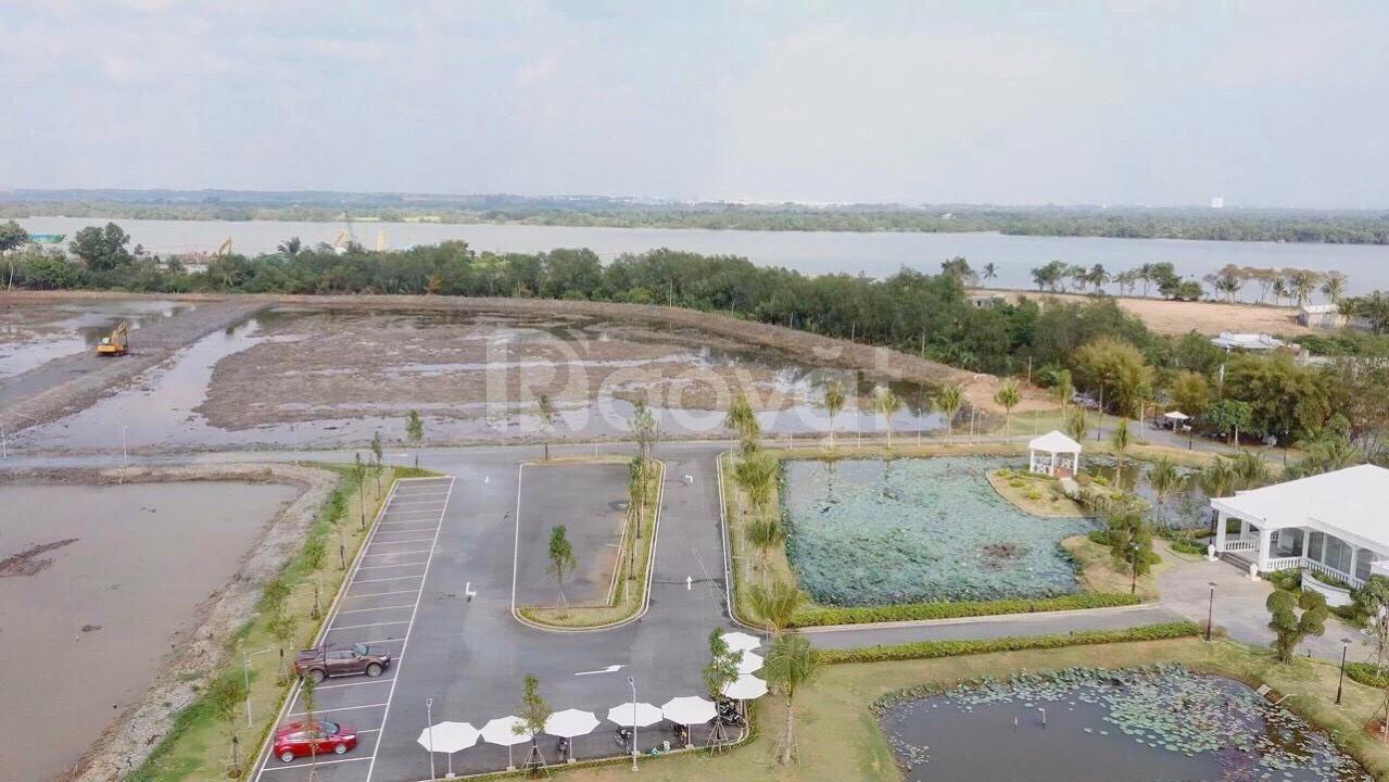 Biệt thự bên bờ sông Sài Gòn Q9, Sài Gòn Garden Riverside Village.