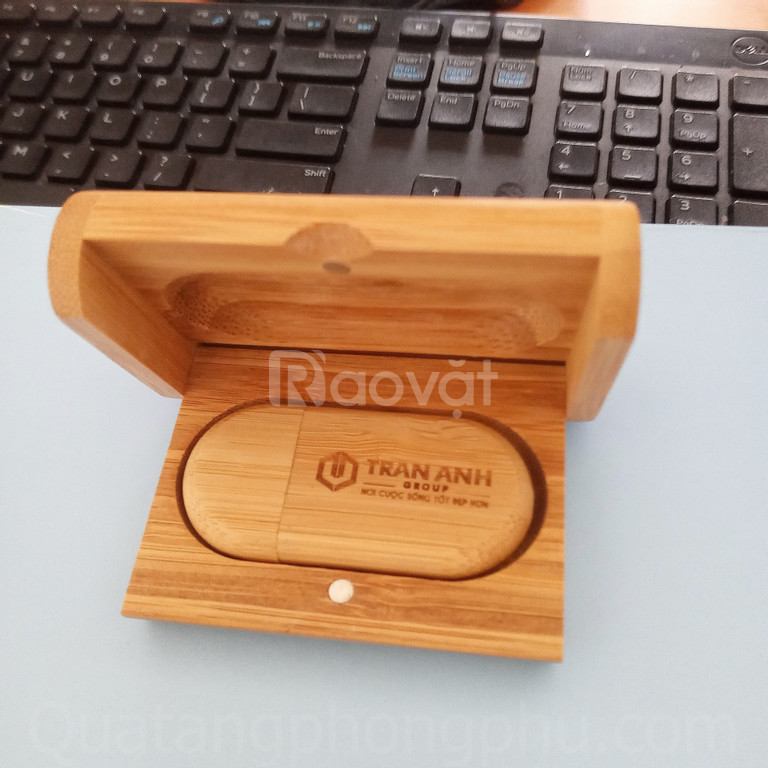 Nguyên bộ USB gỗ khắc tên giá rẻ