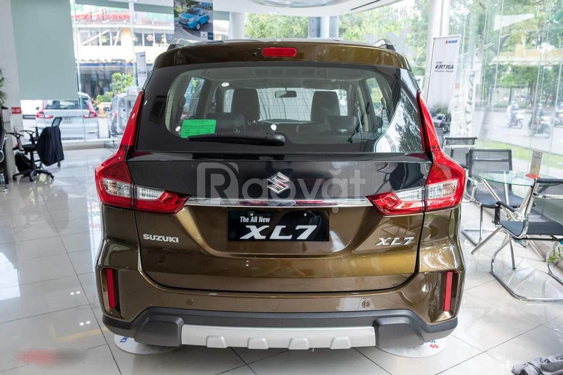 Suzuki XL7 Nhập khẩu nguyên chiếc