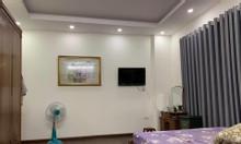 Nhà lô góc 4 tầng gần Nguyễn Khang 10m ra đường ôtô