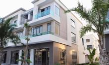 Cần tiền bán shophouse Centa city giá đất chỉ 17.7tr/m2