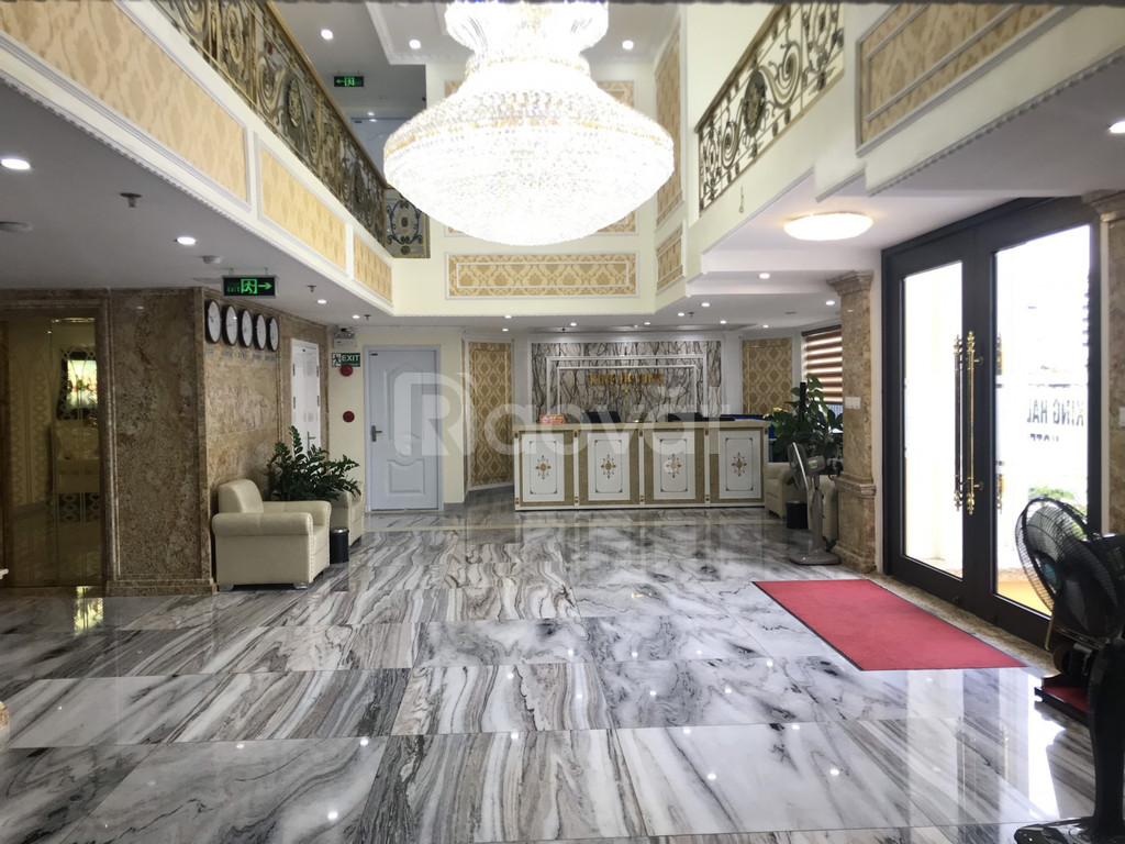 Chuyển nhượng khách sạn 71 phòng trung tâm KDL Bãi Cháy 300m2x14t