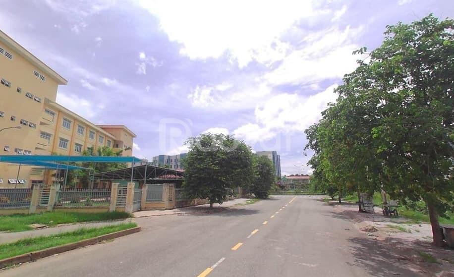 Bán lô đất đường số 7 nối dài,khu Tên Lửa liền kề siêu thị Aoen Mall