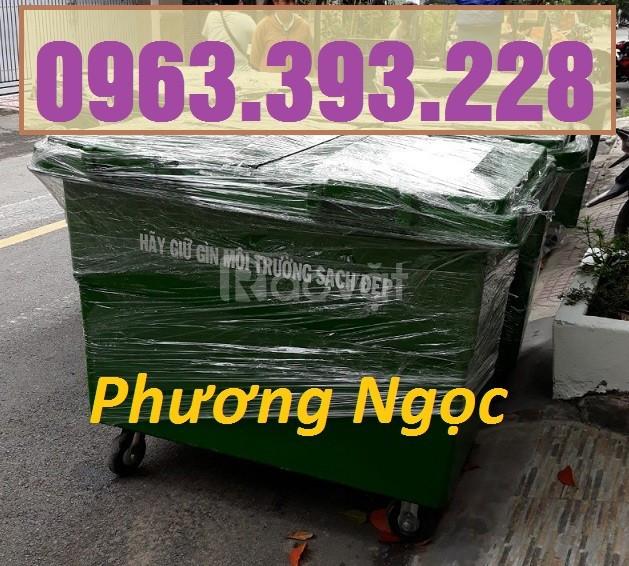 Xe gom rác nhựa HDPE 4 bánh xe, xe đẩy rác nhựa 660L