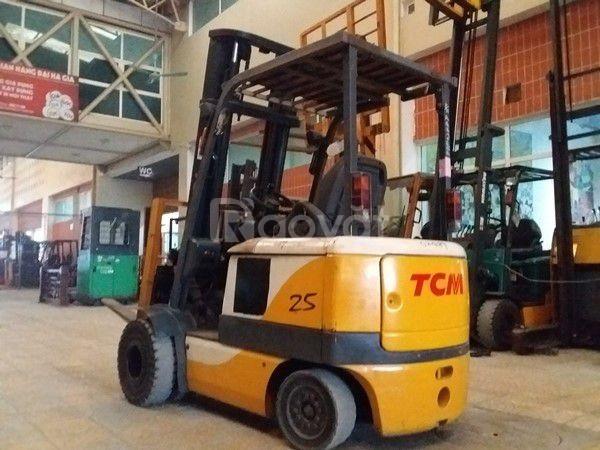 Xe nâng điện ngồi lái hiệu TCM FB25-6