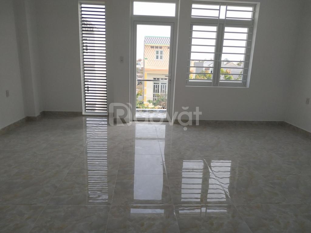 Nhà mới xây, MT Hương Lộ 11, Bình Chánh, 1.7 tỷ/căn SHR (2 lầu 4PN)