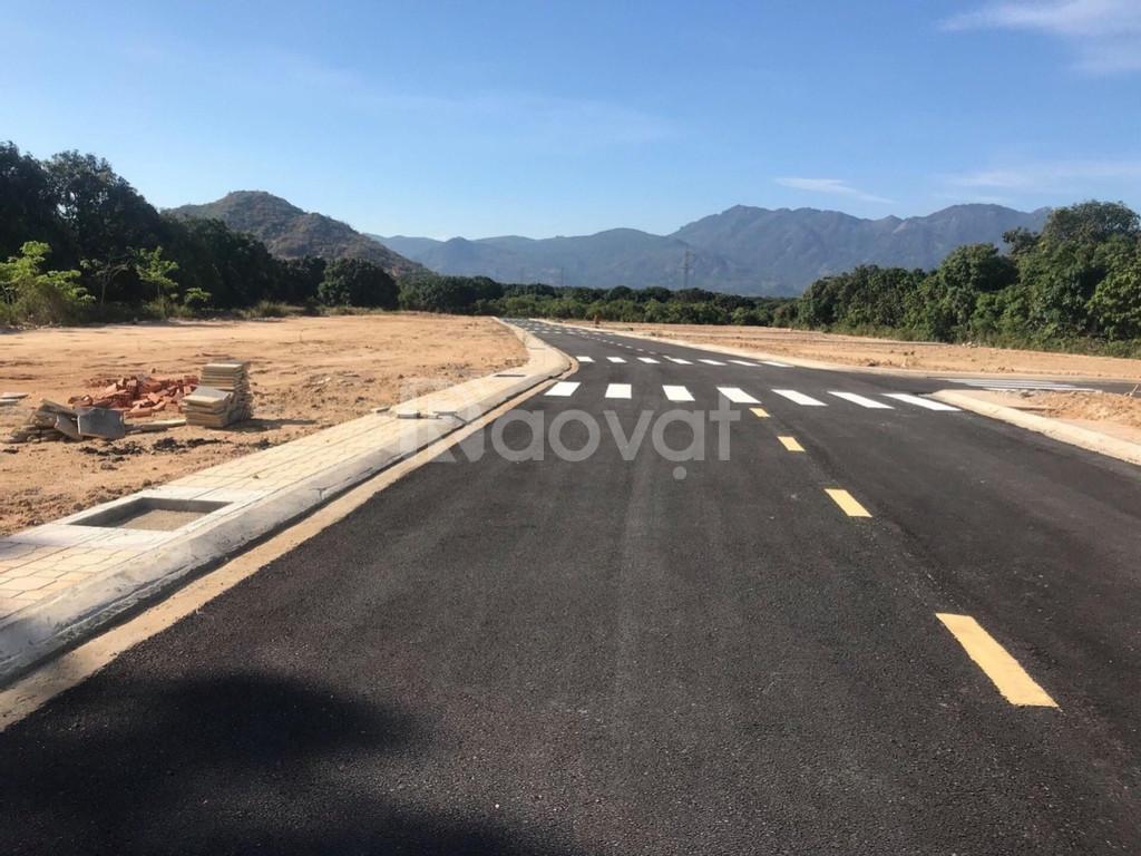 Bán đất đường Đinh Tiên Hoàng, Bãi Dài Cam Lâm giá 1.3 tỷ, sổ đỏ