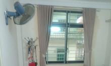 Bán nhà Nguyễn Hoàng Tôn đẹp, 39 m2, tặng nội thất, chỉ 2.55 tỷ
