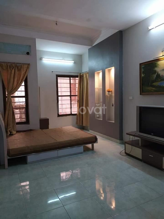 Bán nhà đẹp, gần Ngã Tư Sở, 36m, 4 tầng. Giá 3.2 tỷ. LH: 0352816072