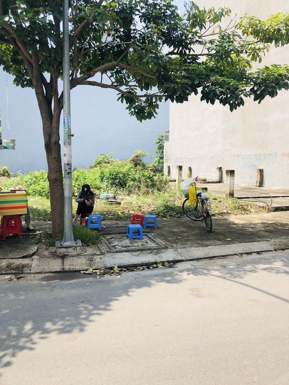 Đất bán sổ hồng riêng ngay kdc đường Số 7 gần cầu Tân Tạo chợ Bà Hom