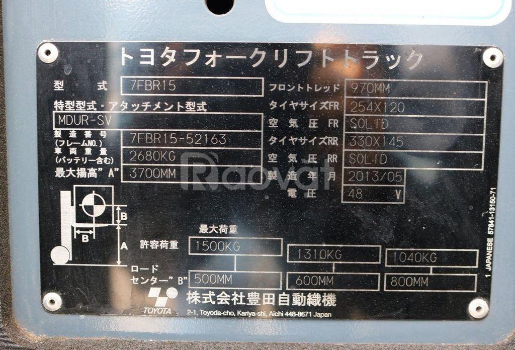 Xe nâng điện đứng lái hiệu Toyota 7FBR15