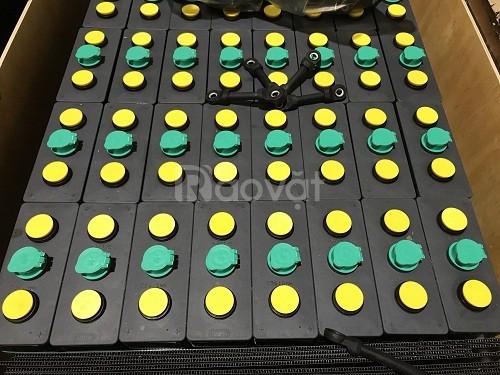 Bình ắc quy xe nâng hiệu MIDAC. Công suất 48V/325Ah, gồm 24 cell