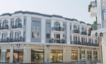 Nhà phố 2 mặt tiền chợ Lái Thiêu, mới 100%, số lượng giới hạn, sổ hồng