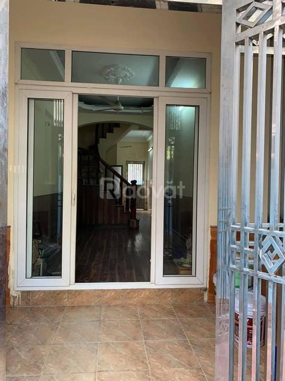 Bán nhà Kim Giang, 51m2, ôtô đỗ cửa, cách mặt phố 100m