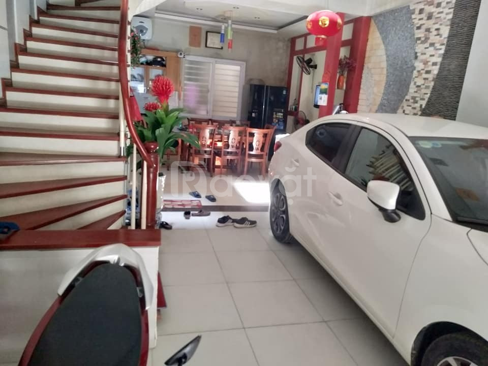Bán nhà Quận Ba Đình 6 ngủ gara ô tô 7 chỗ vào nhà giá 12,6 tỷ