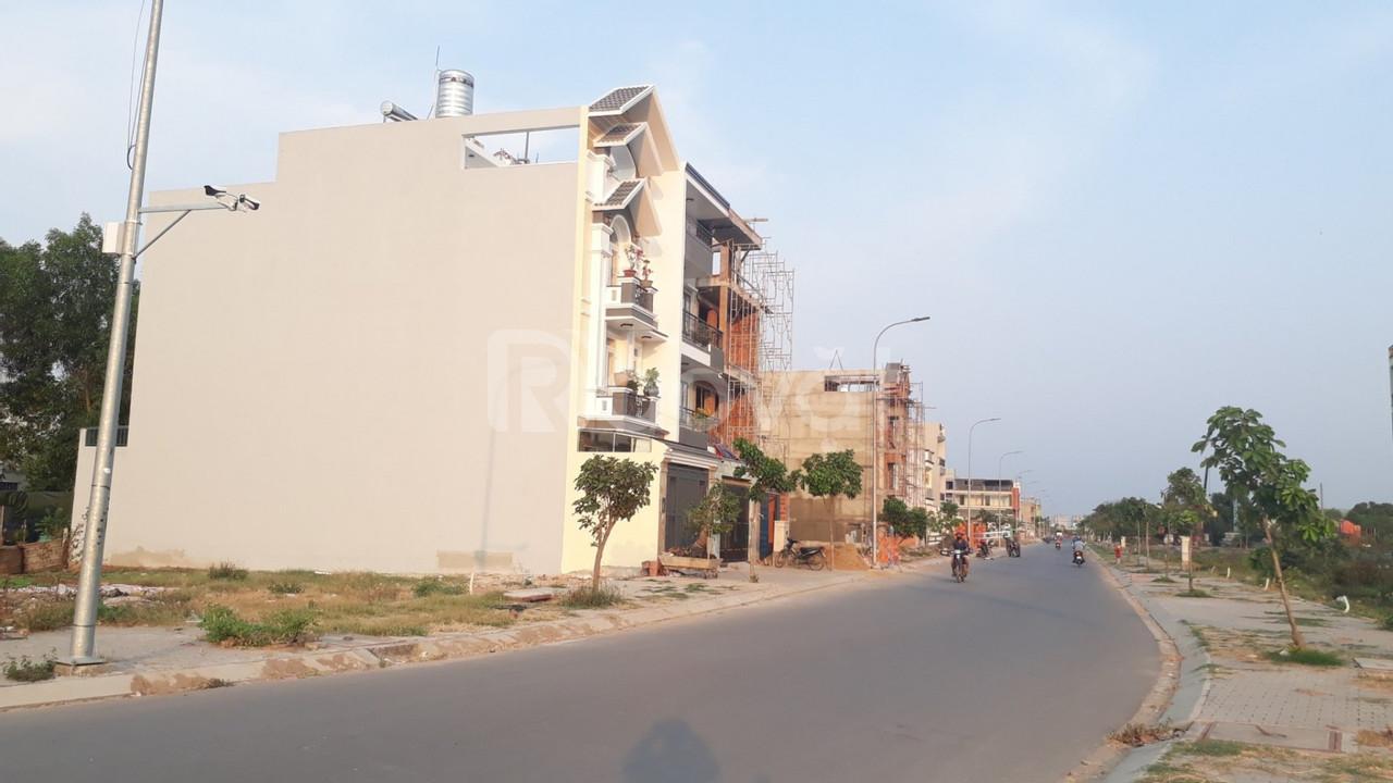 Ra nhanh lô đất mặt tiền 20m khu biệt thự cao cấp khu Tên Lửa
