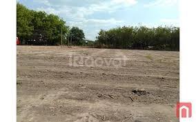 Tôi cần bán gấp lô đất 1600m2 giá 590tr do cần vốn làm ăn