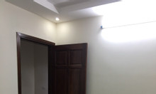 Bán nhà tại đường Võ Chí Công, 40m2 xây mới 5 tầng, sân cổng rộng rãi