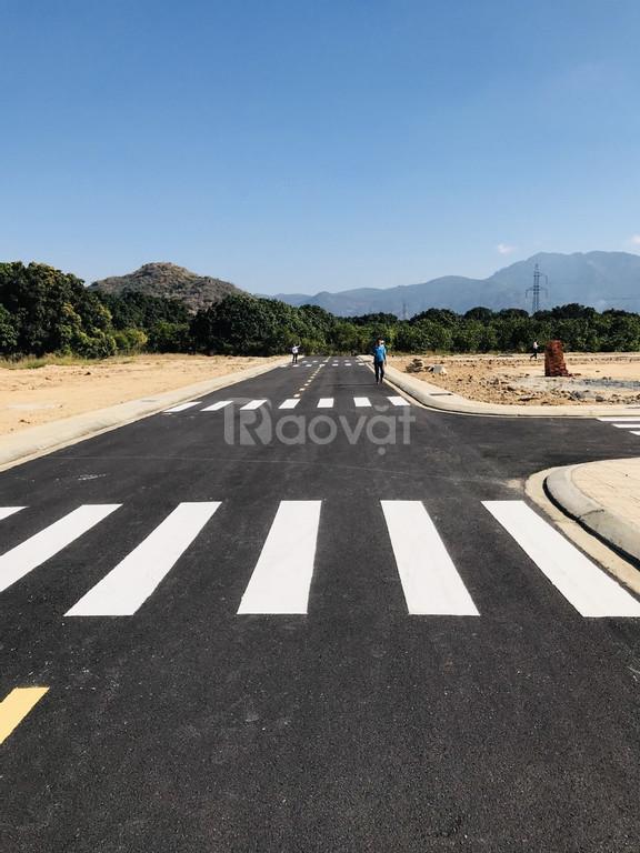 Bán đất ngay MT đường Đinh Tiên Hoàng, quy hoạch 60m, tt Cam Lâm