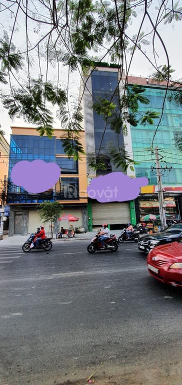 Cho thuê tòa nhà văn phòng 8 lầu 65 Đinh Bộ Lĩnh - Bình Thạnh