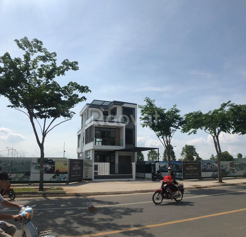 Biệt thự khu đô thị mới Đông Tăng Long, Quận 9