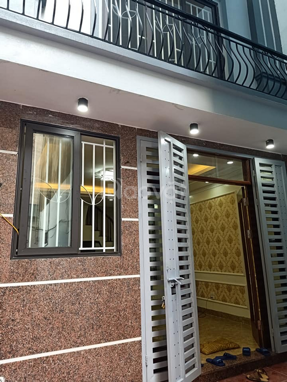 Bán nhà đẹp ở quận Hoàng Mai 35m2 x 5 tầng, mặt tiền, 5m
