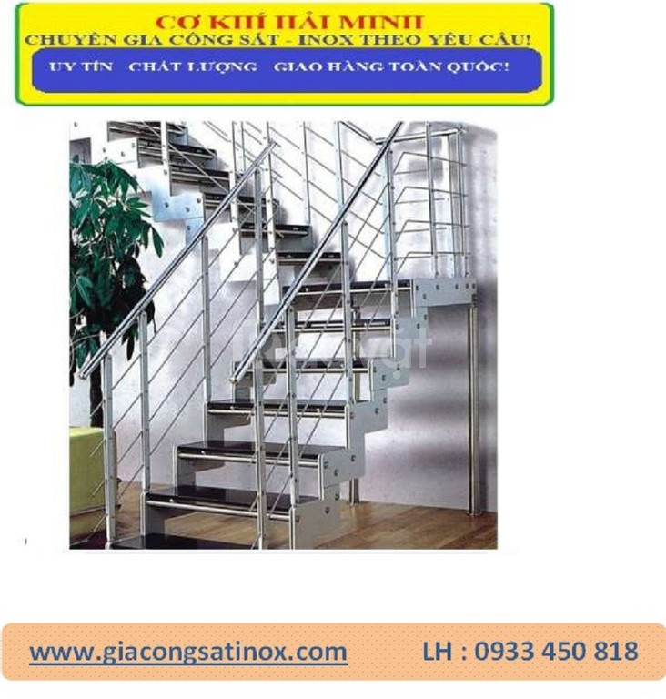 Cầu thang inox và tay vịn cầu thang inox  của Hải Minh