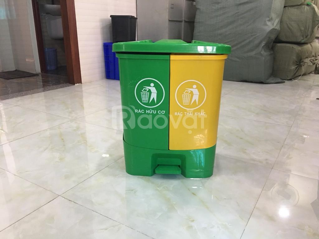 Thùng rác đạp chân 2 ngăn dùng trong văn phòng