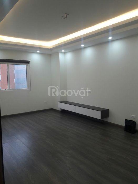 Chính chủ bán CHCC Nghĩa Đô, 70m2, 2PN 2 WC nội thất cơ bản (ảnh 1)