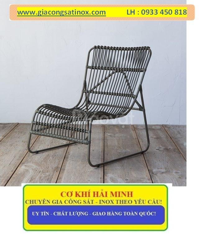 Bàn ghế sắt uốn Hải Minh tinh tế và bền đẹp