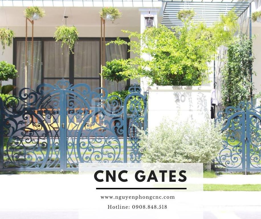 20 Mẫu cổng sắt CNC, cổng sắt uốn mỹ thuật đẹp xuất sắc cho biệt thự