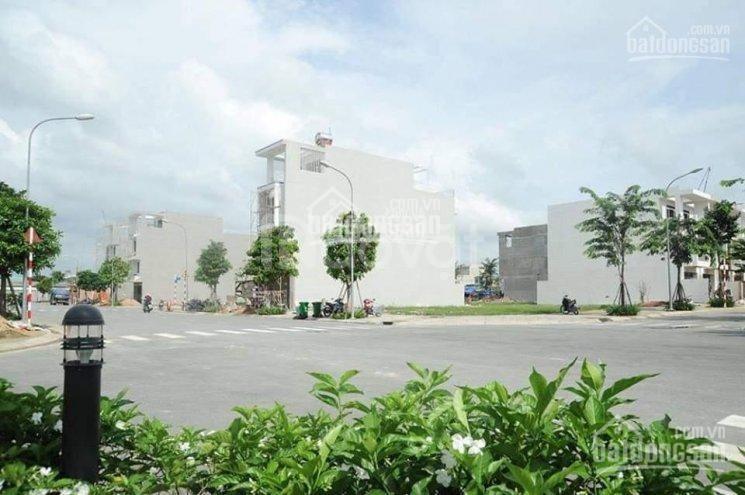 Bán lô đất 130m2 đối diện BV Chợ Rẫy 2, dân cư sầm uất tiện đầu tư