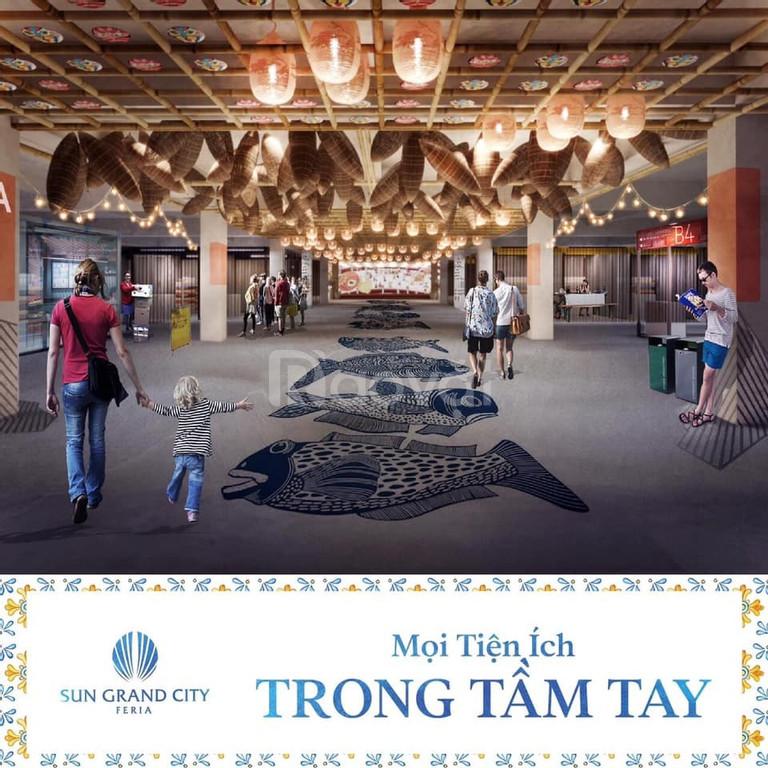 Có biệt thự mặt biển Sun Grand city Feria Hạ Long