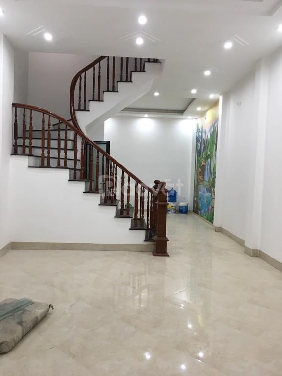 Tôi chính chủ bán nhà mới đẹp ngõ phân lô ngay sát ngã tư Bạch Mai, Trương Định DT 47m2x5T