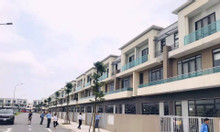 Chính chủ bán căn shophouse Centa City, Vsip 120 m2 giá tốt