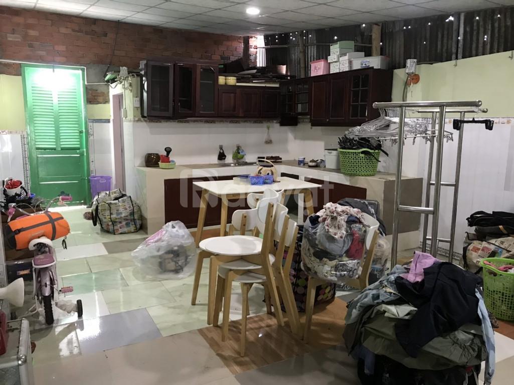 Chính chủ cần bán nhà vườn giá rẻ tại Bình Chánh, TP HCM