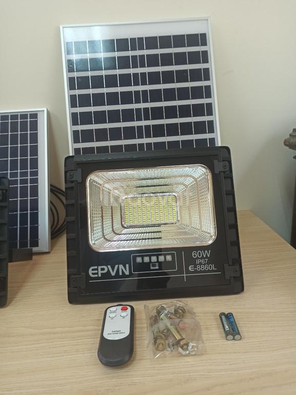 Đèn năng lượng mặt trời jindian
