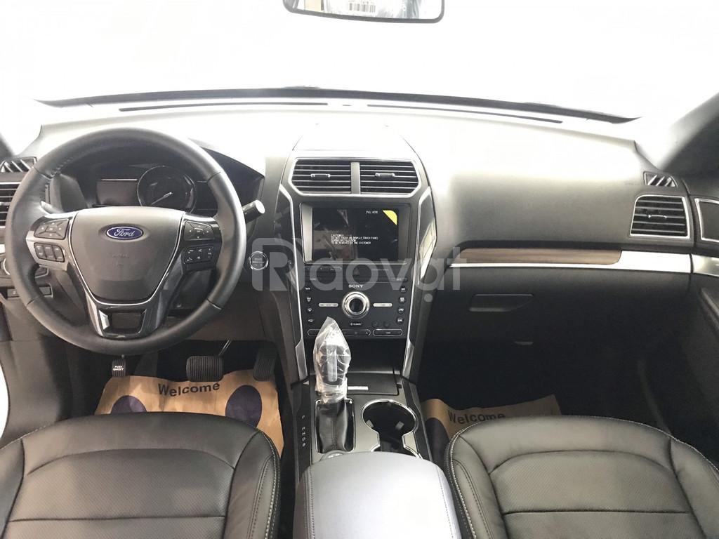 Ford Explorer 2020 ưu đãi hơn 300 Triệu đủ màu giao ngay