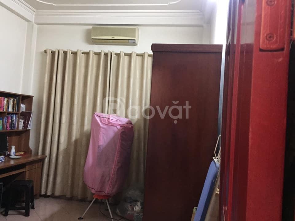 Bán nhà Nguyễn Văn Cừ, 62m2 x 4 tỷ 850 cách mặt phố 300m, 2 thoáng