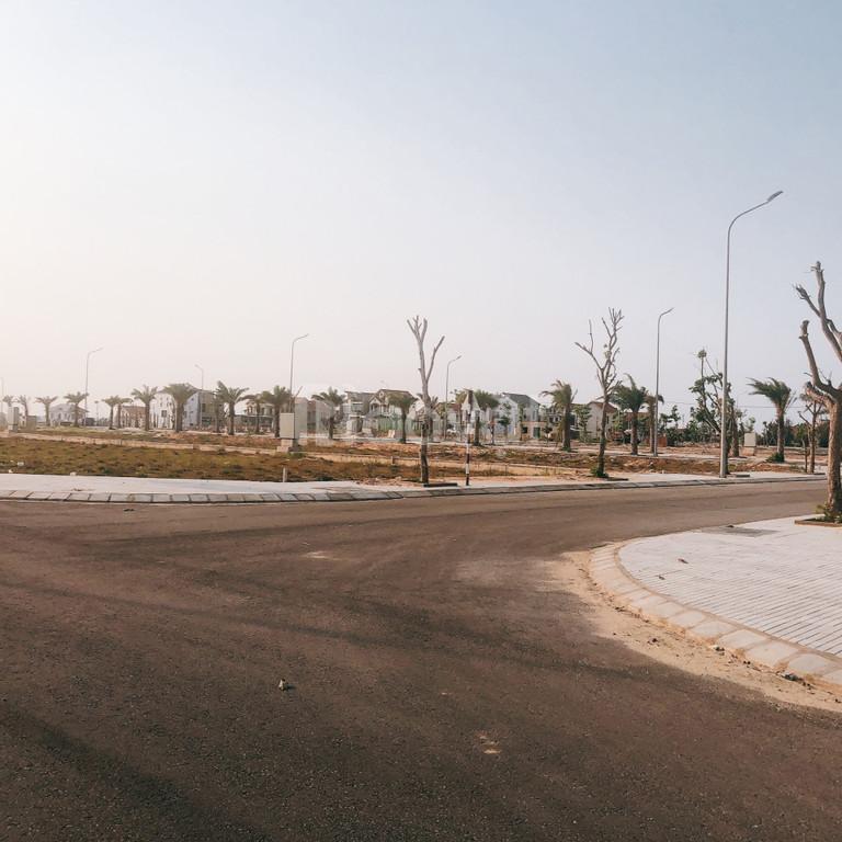 Cần tiền bán gấp 3 lô đất sát biển Nhân Trạch, giá tầm hơn 2 tỷ