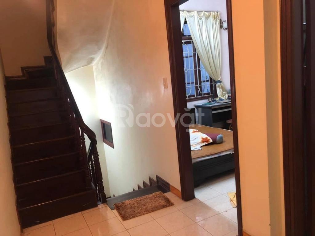 Nhà riêng phân lô, kinh doanh tại Tân Mai, 33m2, 5 tầng, 3.1 tỷ