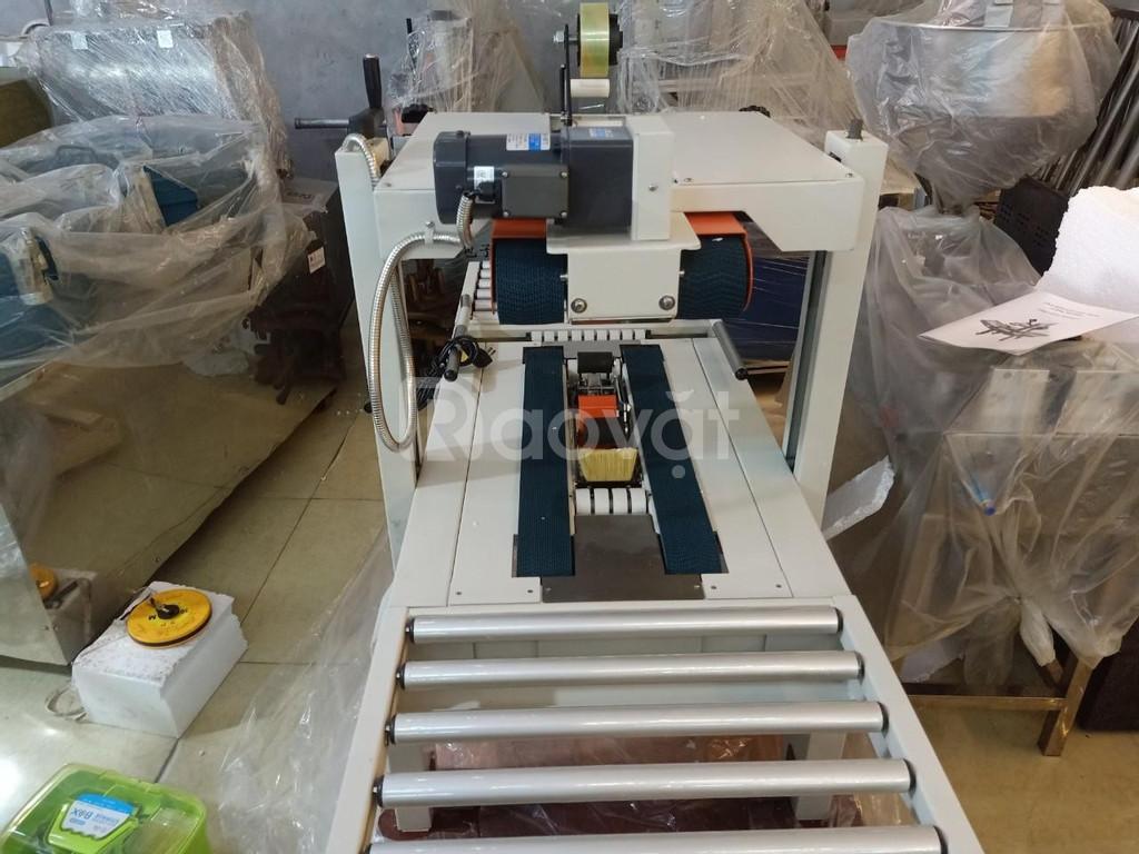 Máy dán băng dính thùng carton, máy dán thùng hàng hóa, máy dán thùng