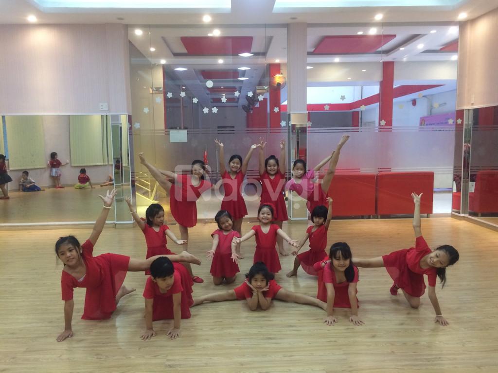 Lớp học năng khiếu dành cho trẻ - Earobic (ảnh 4)